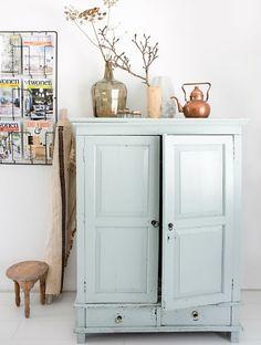 JJ Hakima 21 369891 diyfurniture diy furniture for Decor, Interior, Painted Furniture, Interior Inspiration, Home Decor, House Interior, Home Deco, Furniture Makeover, Home And Living