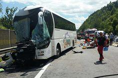 40 Verletzte bei Busunfall auf Südautobahn