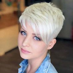 Great assym & blue eyes! | Rainman1943 | Flickr Chic Short Hair, Short Hair Model, Short Grey Hair, Long Hair, Short Pixie Haircuts, Short Hairstyles For Women, Hairstyles Haircuts, Cool Hairstyles, Hairstyles For Over 60