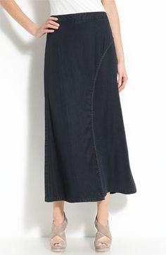 Lightweight demin-look fabric
