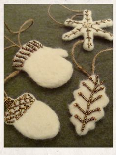 Humblebeads Blog: Ornament Party