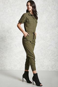 Style Deals - This crinkled woven jumpsuit features self-tying halter neck, an elasticized back and waist, front slant pockets, and a tapered leg. Classy Work Outfits, Classy Casual, Fall Outfits, Olive Jumpsuit, Fashion Pants, Fashion Outfits, Jumpsuit Outfit, Jumpsuits For Women, Latest Trends