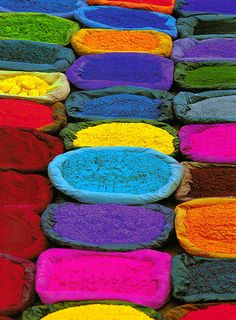 Dyes being sold at market, Nepal by Nicholas Pitt on Getty Images