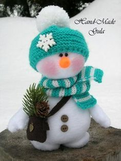 Crochet Hello Kitty Amigurumi Free Patterns - Toy Plush for Kids - Sock Snowman, Cute Snowman, Snowman Crafts, Holiday Crafts, Snowmen, Christmas Makes, Christmas Snowman, All Things Christmas, Christmas Ornaments