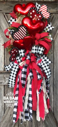 Your place to buy and sell all things handmade - Holiday wreaths christmas,Holiday crafts for kids to make,Holiday cookies christmas, Valentine Day Wreaths, Valentines Day Decorations, Valentine Day Crafts, Holiday Wreaths, Holiday Crafts, Valentine Theme, Wreath Crafts, Diy Wreath, Couronne Diy