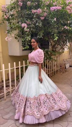 Indian Wedding Gowns, Party Wear Indian Dresses, Designer Party Wear Dresses, Indian Gowns Dresses, Indian Bridal Outfits, Indian Fashion Dresses, Dress Indian Style, Indian Designer Outfits, Girls Fashion Clothes