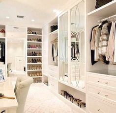 White Walk in Wardrobe