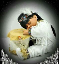 Native American Indian Girl Baby Child Sleeping on Drum Porcelain Doll Porcelain Doll Makeup, Porcelain Dolls Value, Porcelain Dolls For Sale, Fine Porcelain, Porcelain Vase, Porcelain Jewelry, Native American Dolls, Native American Regalia, Native American Crafts