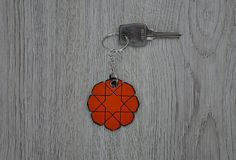 Hey, I found this really awesome Etsy listing at https://www.etsy.com/listing/220433994/leather-keychain-islamic-star-various