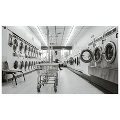 Liox offers wholesale commercial laundry & dry cleaning services for hair and massage salons, hotels, and AirBnBs. Call for quotes on our premium towel wash and fold services. Doing Laundry, Laundry Hacks, Clothes Dryer, Washing Clothes, Cool Diy, Feng Shui, Washing Machine Motor, Washing Machines, Full House