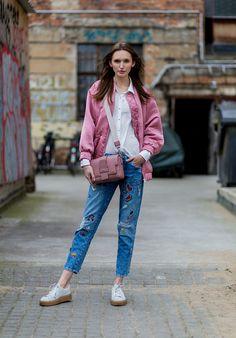 Jeans que serán tendencia en 2017 (y 2018) - JEANS CON PARCHES | Galería de fotos 8 de 13 | Glamour