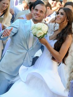 Wesley Sneijder married With Yolanthe Sneijder-Cabau.