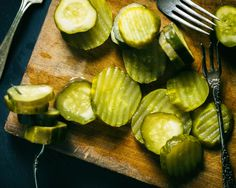 Healthy Homemade Salt & Vinegar Crunchy CUCUMBER Chips