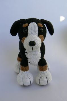 Crochet toy from Czech. So fitting, since Telc is where we fell in love with a Bernese!