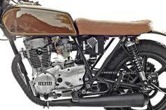 YAMAHA_XS 400_engine