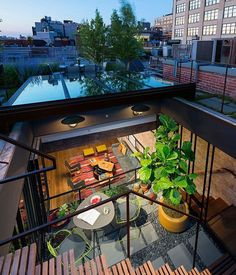 When we talk of New York City and stylish lofts, the image that often comes to mind is of trendy SoHo-style spaces and gorgeous contemporary hubs that are