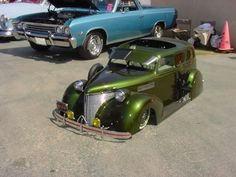 Vintage custom lowrider pedal car- Why weren't these around when I was a kid?