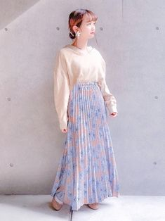 ほぼcheekの日👈🏻 Waist Skirt, High Waisted Skirt, Skirts, How To Wear, Fashion, Moda, High Waist Skirt, Fashion Styles, Skirt