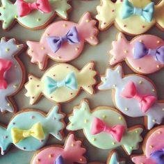「かわいいお菓子 micarina 」atelier diary Galletas Cookies, Candy Cookies, Cupcake Cookies, Cupcakes, Kawaii Cookies, Cute Cookies, 18th Birthday Cake, Birthday Cookies, Japanese Cookies