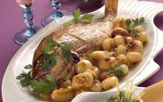 Φαγκρί στο φούρνο με κρεμμύδια και ούζο
