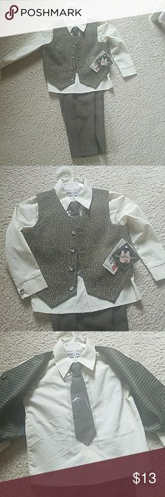 NWT.. Toddler 4 Piece Suit 4 Piece suit size 4T Olive Green/Black/Tan Matching Sets