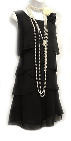 Descubre (¡y guarda!) tus propias imágenes y videos en We Heart It Vintage Outfits, 1920s Outfits, Vintage Dresses, Fashion Outfits, Flapper Outfit, Flapper Style, Black Flapper Dress, Roaring 20s Fashion, Great Gatsby Fashion
