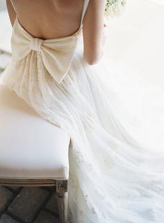 Bridal bow | Photography: Les Anagnou photographers - www.lesanagnou.com  Read More: http://www.stylemepretty.com/destination-weddings/2015/05/28/romantic-spring-wedding-inspiration-in-the-greek-mediterranean/