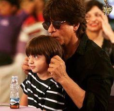 Shahrukh Khan Family, Abram Khan, Couple Photos, Couples, Kids, Couple Shots, Young Children, Boys, Couple Photography