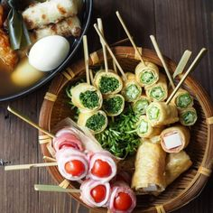 焼酎に合うおつまみ50選!パパっと作ってお酒をもっと楽しもう♪ | folk Sushi Recipes, Raw Food Recipes, Salad Recipes, Party Finger Foods, Food Menu, Plant Based Recipes, Japanese Food, Food Styling, Food Porn