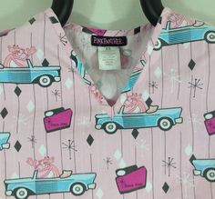 XS Pink Panther Scrub Top Car Retro Atomic Think Pink Space Age Side Pockets #PinkPanther #scrubs #atomic