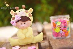Atelier - Boutique D' Caroline Boutique D Caroline, Unisex Baby Shower, Felt Banner, Felt Wreath, Felt Fairy, Sock Animals, Felt Decorations, Felt Hearts, Felt Toys