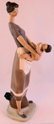 Vintage-Lladro-Mother-and-Child-or-Motherhood-figurine-45751-Retired from Missy's Bits and Pieces on ebay