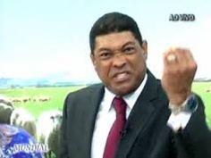 Blogger do Rhoney:  Pastor Valdemiro Santiago é atacado a facadas  Du...