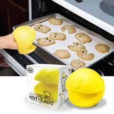 Pac Man oven gloves!