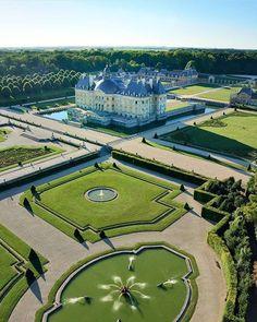 Most Beautiful Gardens, Beautiful Castles, Beautiful Buildings, Beautiful Places, Landscape Architecture, Landscape Design, Garden Design, Architecture Design, Places To Travel