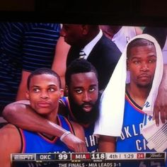 James Harden, Russell Westbrook, Oklahoma City Thunder, Basketball Teams, Guys, Sports, Awesome Stuff, Peeps, Diy Projects