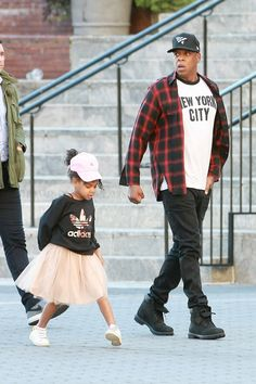 The Carters showed plenty of family pride with their father-daughter baseball cap game.