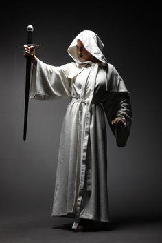 [フリー画像素材] 人物, 魔法使い, 祈る / 祈り, ローブ, スタジオ撮影 ID:201304190100 - GATAG|フリー画像・写真素材集 4.0