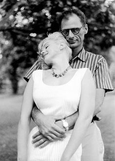 Marilyn Monroe and Arthur Miller photographed by Sam Shaw, 1957.