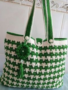 Free Knit & Crochet Bag Patterns for Any Occasion