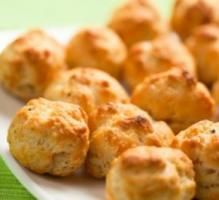 Recette - Gougères moelleuses au fromage de brebis Etorki - Notée 4.1/5 par les internautes