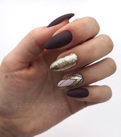 56 Perfect Almond Nail Art Designs for This Winter Almond nails for winter; Hot Nails, Hair And Nails, Ongles Beiges, Classy Nail Art, Almond Nail Art, Fall Almond Nails, Matte Almond Nails, Almond Nails Designs, Stiletto Nail Art