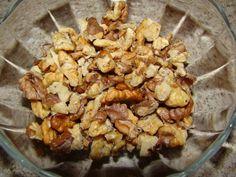 Prajitura cu nuca si caramel – Flori's Kitchen Caramel, Stuffed Mushrooms, Chicken, Vegetables, Photos, Sticky Toffee, Stuff Mushrooms, Candy, Pictures