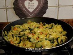 30/365 Tagliatelle fatte in casa con zucchine e salmone http://annaincasa.blogspot.it/2018/02/tagliatelle-fatte-in-casa-con-zucchine.html #annaincasa