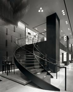 Modern Staircase Design Ideas - Modern stairways can be found in many design and styles that can be actual eye-catcher in the various area. We have actually assembled best 10 modern versions of stairways that can provide. Home Room Design, Dream Home Design, Modern House Design, Dream House Interior, Luxury Homes Dream Houses, Mansion Interior, Black House Exterior, Escalier Design, Dark House