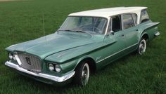 1960 Plymouth Valiant V - 200 Suburban Classic Trucks, Classic Cars, Chrysler Valiant, Plymouth Valiant, American Auto, Shooting Brake, Cool Boats, Station Wagon, Car Manufacturers