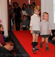 Desfile No llores patito en Peque Kids Market con calcetines Cóndor y zapatos Minishoes y El Ciempiés
