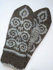 Ravelry: Kiemuralapaset pattern by Pia Tuononen