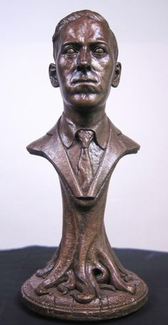 Lovecraft bust.