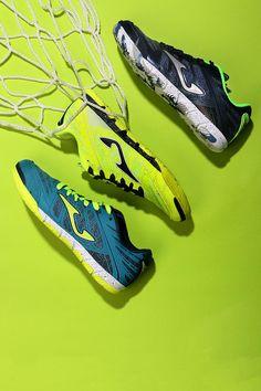 Nuevas zapatillas de fútbol sala Joma para niño.  futbolmaniakids   futbolmania  jomasport   963da5dbe04d5